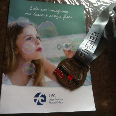 La medaglia conquistata per Fabiola e tutte le persone affette da fibrosi cistica