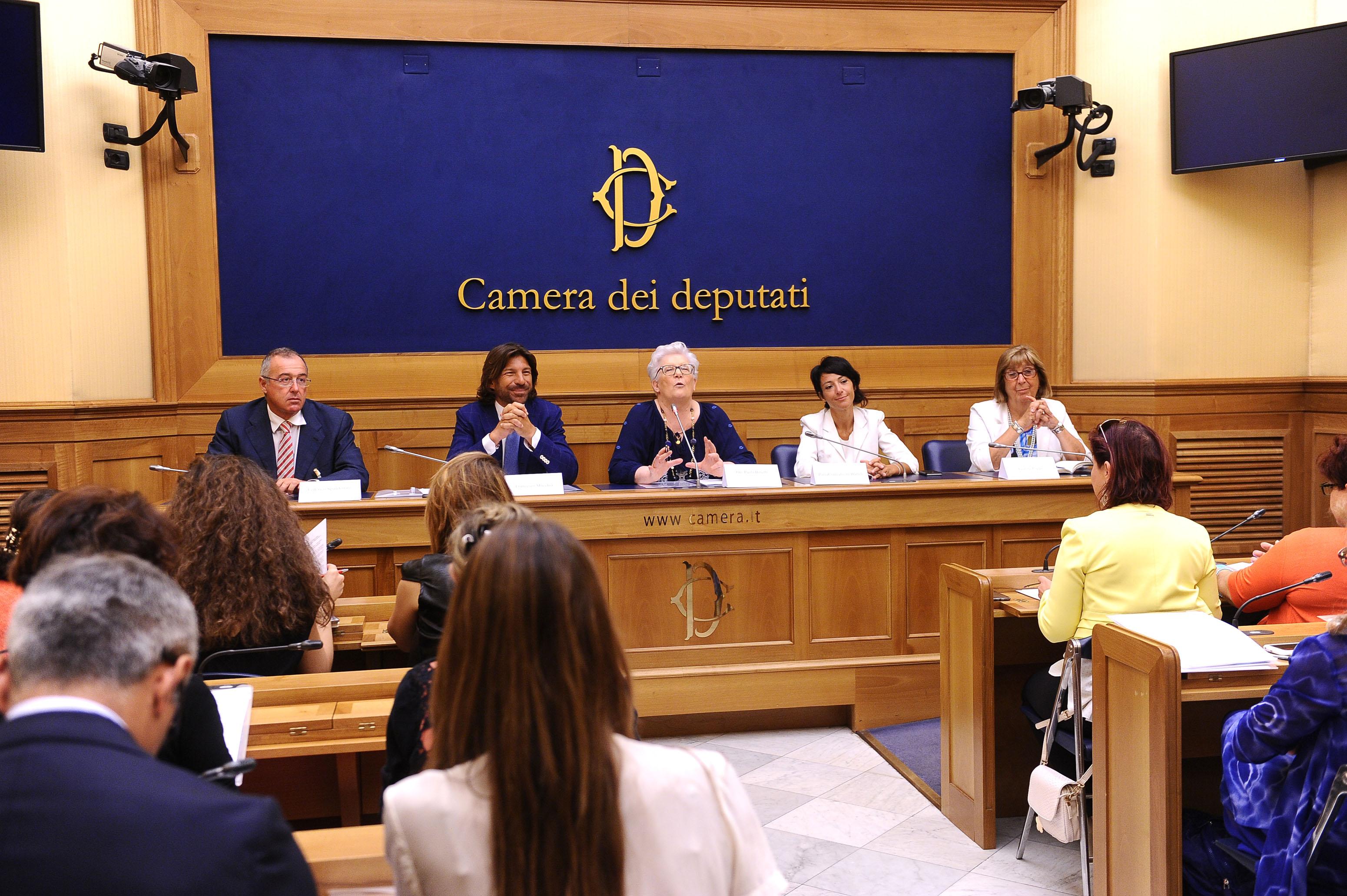 Le associazioni dei pazienti insieme a parlamentari e for Camera dei deputati italiana